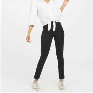 Spanx The Perfect Pant Ankle 4 Pocket Small Petite